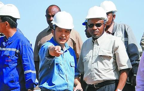 坚守大漠的石油人
