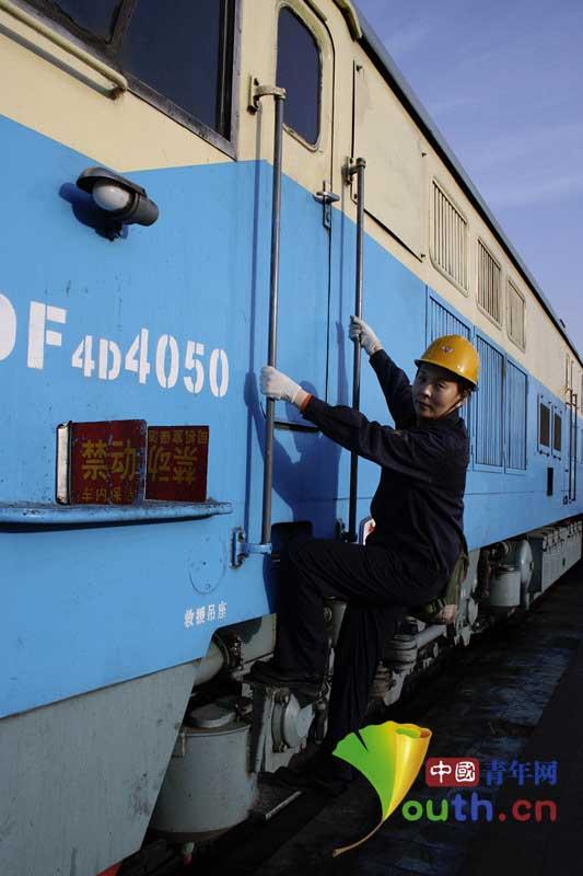 机车信号设备已经经历了第4次更新换代