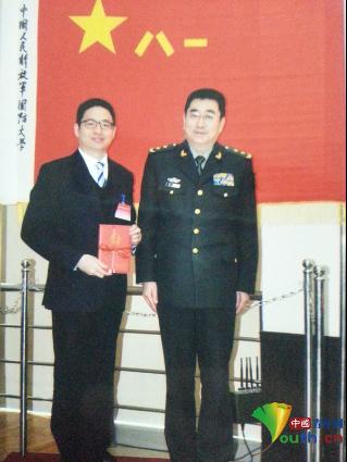 """航天火箭设计师洪刚:助推火箭""""飞天""""的力量"""